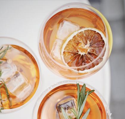 Guía tipos de vasos y copas para cócteles